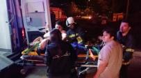 SOLAKLAR - Kırmızı Işık İhlali Kazaya Neden Oldu Açıklaması 3 Yaralı