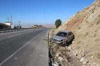Otomobil Şarampole Devrildi Açıklaması 1 Yaralı