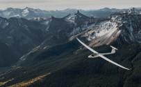 GRÖNLAND - Türk Pilot, Dünyanın En Kuzeyinden En Güneyine Planörle Uçacak