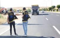 MADEN OCAĞI - Belediyeden Kaçak Hafriyat Dökümüne Karşı Sıkı Denetim