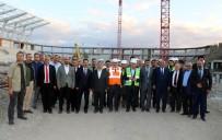 ERZİNCAN VALİSİ - Binali Yıldırım, Erzincan'da Yapımı Süren Stat Ve Hastanede İncelemelerde Bulundu