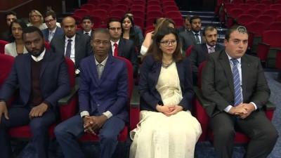 Çavuşoğlu 'Barış İçin Arabuluculuk' Sertifika Programı Törenine Katıldı
