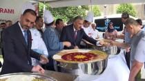 Cumhurbaşkanlığından İzmir'de Vatandaşlara Aşure İkramı
