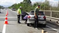 Düzce TEM'de Trafik Kazası Açıklaması 2 Kişi Yaralı