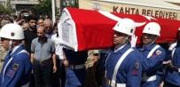 Hayatını Kaybeden Asker Toprağa Verildi