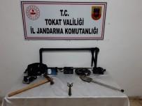 Heykeli Jandarma Kurtardı