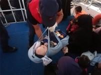 SURİYE - Kuşadası'nda Yürek Burkan Görüntü