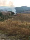 Manisa'da Yıldırım Düşen Ev Alev Alev Yandı