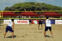ŞÜKRÜ SÖZEN - Plaj Voleybol Turnuvası Başladı