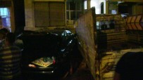 Samandağ'da Otomobil İle Kamyonet Çarpıştı Açıklaması1 Yaralı