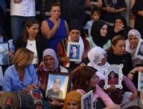 GÜLBEN ERGEN - Sanatçılardan Diyarbakır annelerine destek