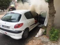 Seyir Halinde Otomobil Alev Aldı
