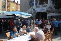 Türkeli'de Aşure Dağıtımı