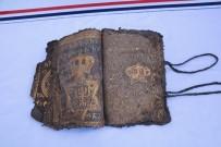 12 EYLÜL - Diyarbakır'da 800 Yıllık İncil Ve İbranice İşlenmiş Ferman Ele Geçirildi