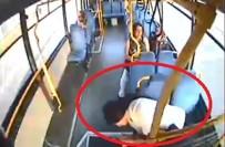 Halk Otobüsü Sürücüsü, Fenalaşan Hamile Kadını Hastaneye Yetiştirdi