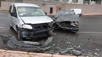 Kayseri'de Kaza Açıklaması 2 Yaralı