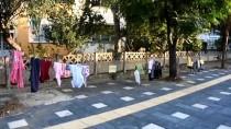 Manisa'da 'Askıda Kıyafet' İlgi Gördü
