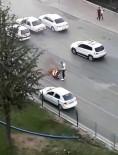 Yanan Motosikletiyle Uzaklaştı