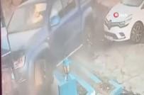 Sürücü Direksiyonu Kırınca Araç Restorana Daldı