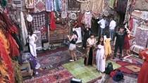 Türkiye'nin Dört Bir Yanından Toplanan Halılara Turist İlgisi