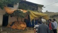 2 Katlı Ahşap Evde Çıkan Yangın Korkuttu