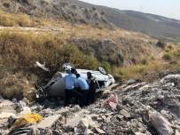 Adıyaman'da Kaza Açıklaması 2 Yaralı