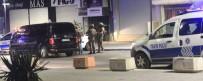 ÖZEL HAREKAT POLİSLERİ - AVM Ve Rezidansa Ateş Edip Lüks Otomobille Kaçtılar