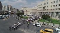 ŞEHITKAMIL BELEDIYESI - Gaziantepliler Birlikte Yürüdü