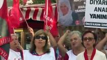 İzmir'den Diyarbakır Annelerinin Oturma Eylemine Destek