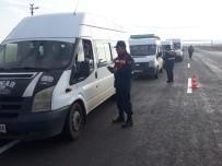 Kars'ta Okul Servislerine Jandarmadan Denetim