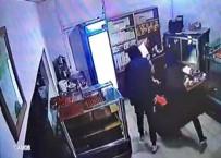 Pastanenin Kasasından Bir Miktar Para Çalarak Kaçan 4 Şüpheli Yakalandı