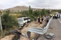 Tur Otobüsü Yoldan Çıktı Açıklaması 3 Yaralı