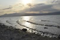 İNSUYU - Burdur Gölü S.O.S. Veriyor