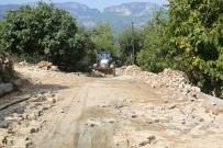 Erdemli'de Afetin Yaraları Sarılıyor