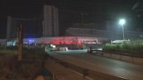 İzmir'de Hastane İnşaatının Deposunda Yangın Çıktı