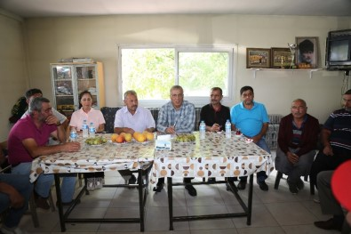 Başkan Tarhan'dan Üreticilere Kooperatifleşme Tavsiyesi