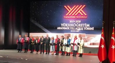 Cumhurbaşkanı Erdoğan'dan SUBÜ'ye Topluma Hizmet Ödülü