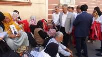 HDP Önünde Eylem Yapan Ailelere Destek Ziyaretleri Sürüyor