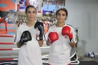 Kick Boksçu Kız Kardeşler, İlk Şampiyonadan Madalya İle Döndü