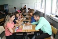 Devrek'te Düzenlenen Zeka Oyunları Etkinliğine Eğitimcilerden Yoğun İlgi