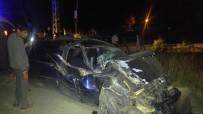 Kamyonetle Otomobil Çarpıştı Açıklaması 4 Yaralı