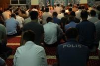 KEMAL KAHRAMAN - Kızıltepe'de Şehitler İçin Mevlit Okutuldu