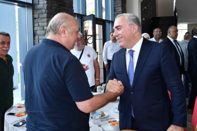 Sultangazi Belediyesi Gazileri Bir Araya Getirdi