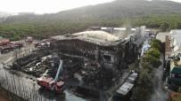 Yanan fabrikadaki hasar havadan görüntülendi
