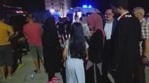 Edirne'de Düzensiz Göçmenleri Taşıyan Araç Kaza Yaptı Açıklaması 14 Yaralı