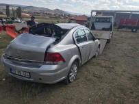 Orta Refüje Çarpan Araç Takla Attı Açıklaması 6 Yaralı