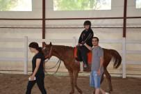 Özel Çocuklar At Çiftliğini Gezdi