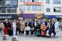 AŞURE GÜNÜ - AK Parti Vatandaşlara Aşure Dağıttı