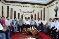 MEHMET ÇıNAR - Başkan Çınar, Gençlik Ve Eğitim Derneği Üyeleriyle Bir Araya Geldi