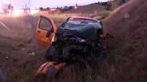 Kamyon, Ticari Taksiyle Çarpıştı Açıklaması 5 Yaralı